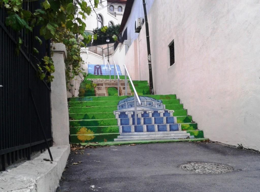 stradă în trepte 2 1024x756 - Singura stradă în trepte din București a prins culoare!