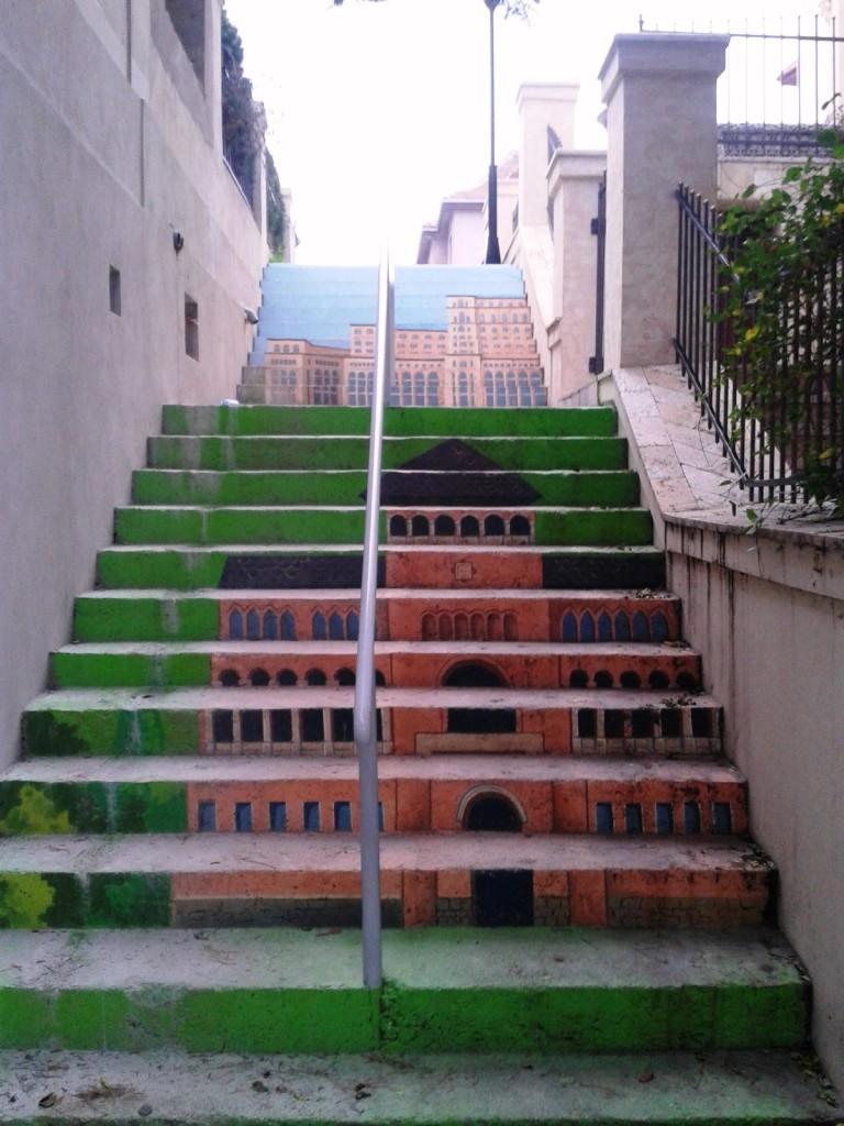 stradă în trepte 4 768x1024 - Singura stradă în trepte din București a prins culoare!