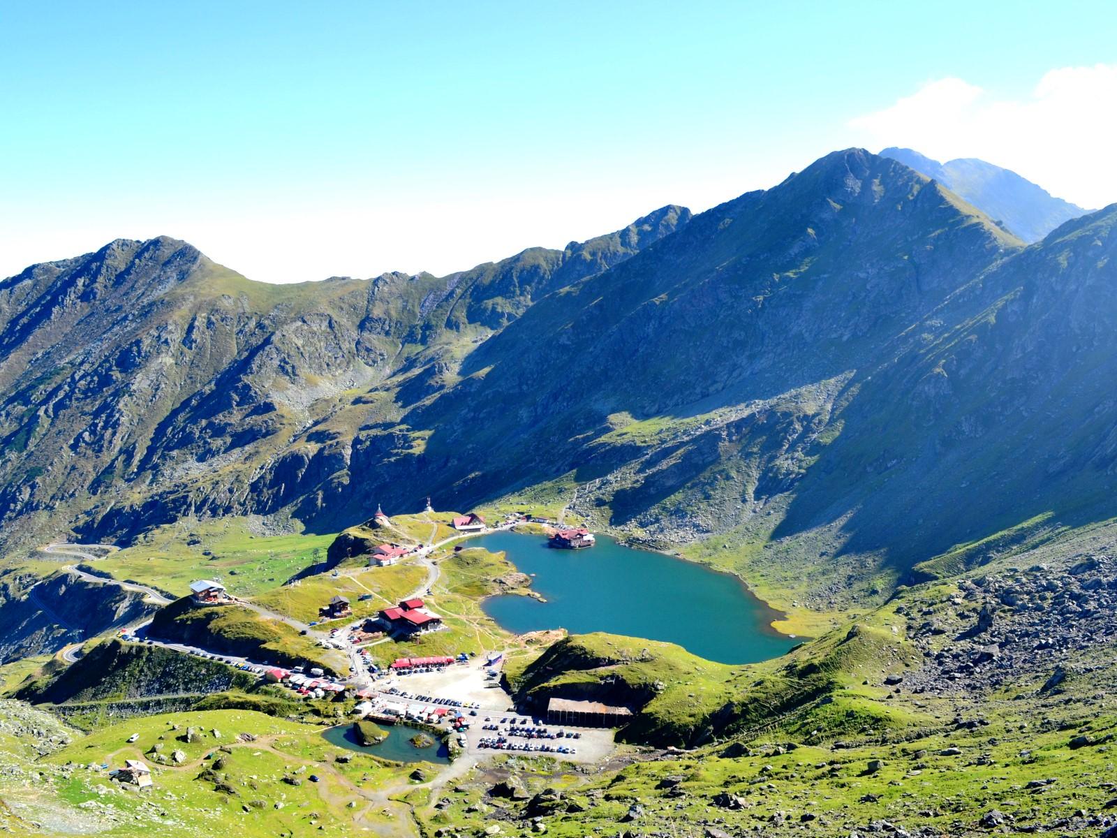 Lacul Călțun 1 - Lacul Călțun – diamantul din inima Făgărașului