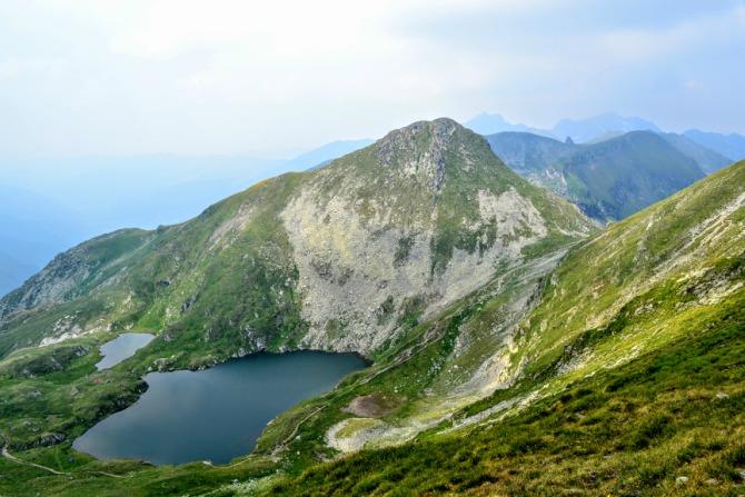 Lacul Capra și Iezerul Caprei - O zi în Făgăraş - Vârful Vânătoarea lui Buteanu