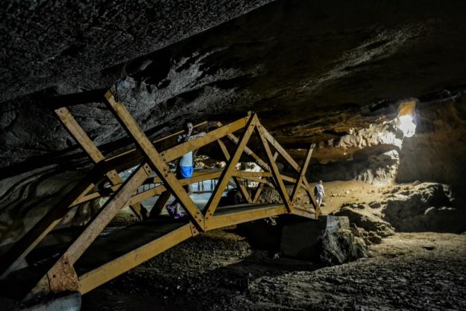 Peștera Bolii 9 - Peștera Bolii - un loc aparte din Țara Hațegului