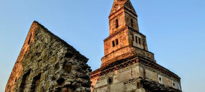 Biserica din Densuş – cea mai veche biserică de piatră din România