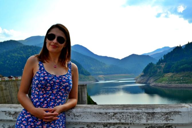 Gura Apelor - Lacul Bucura - cel mai întins lac glaciar din România