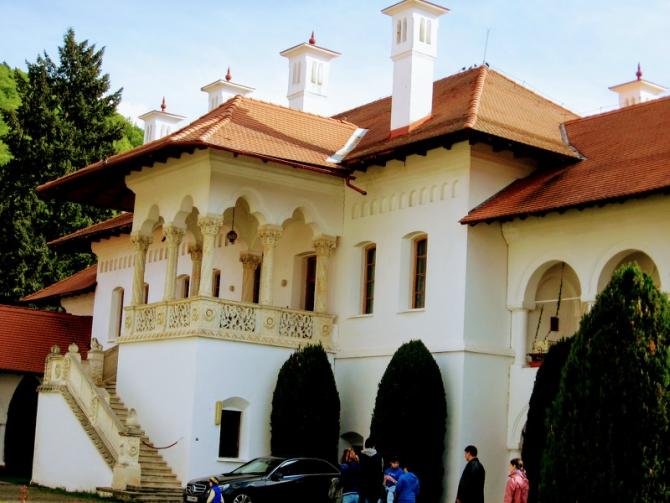 Mănăstirea Brâncoveanu 3 - Cabana Valea Sâmbetei - traseu de primăvară
