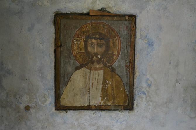 Corbii de Piatra 3 - Corbii de Piatră - biserica rupestră şi căsuţa din poveşti