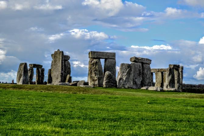 Stonehenge 12 - Misteriosul ansamblu Stonehenge