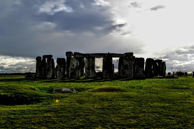 Stonehenge 9 - Misteriosul ansamblu Stonehenge