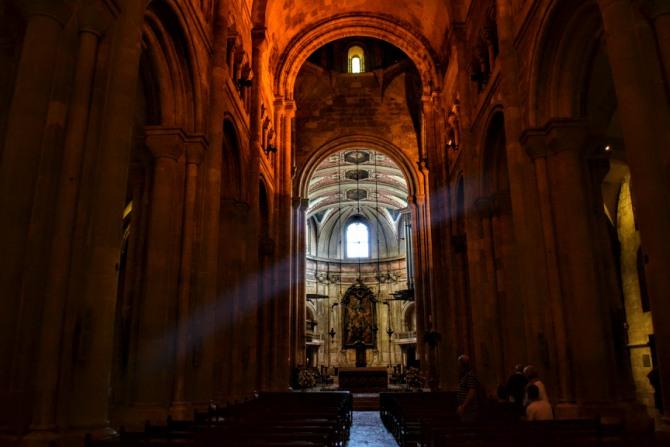 Lisabona Catedrala Sé - Lisabona - un city break pe ritmuri de fado