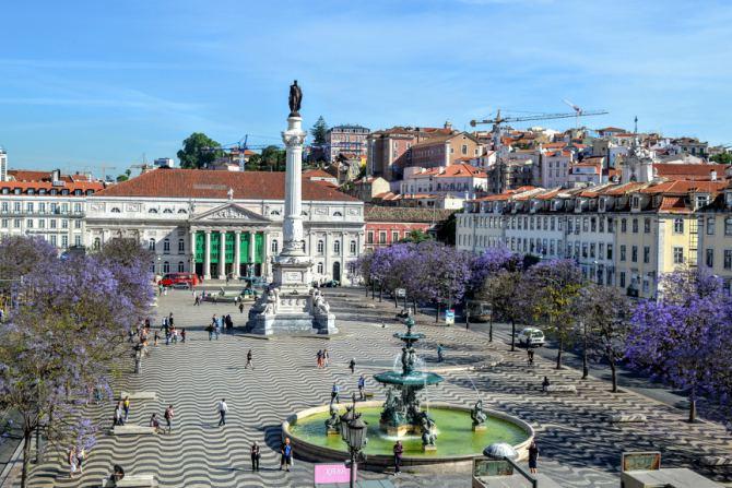 Lisabona Praça Rossio - Lisabona - un city break pe ritmuri de fado