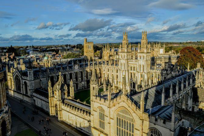 All Saints College - Oxford-oraşul celei mai vechi universităţi din Marea Britanie