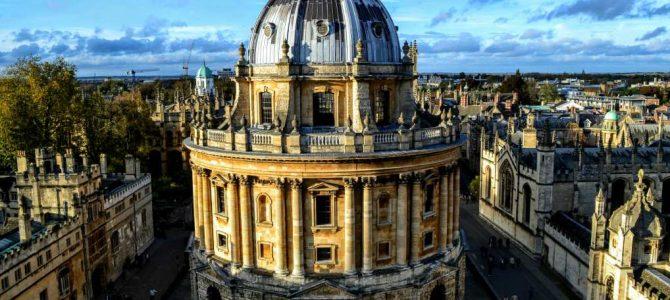 Oxford-oraşul celei mai vechi universităţi din Marea Britanie