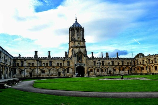 Tom Tower - Oxford-oraşul celei mai vechi universităţi din Marea Britanie