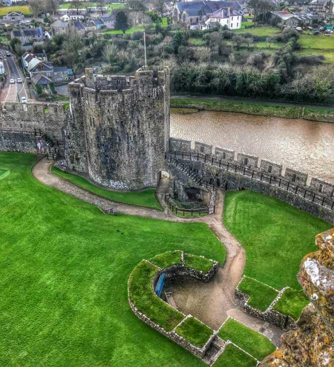 Castelul Pembroke 2 - Destinaţie de vacanţă - Ţara Galilor