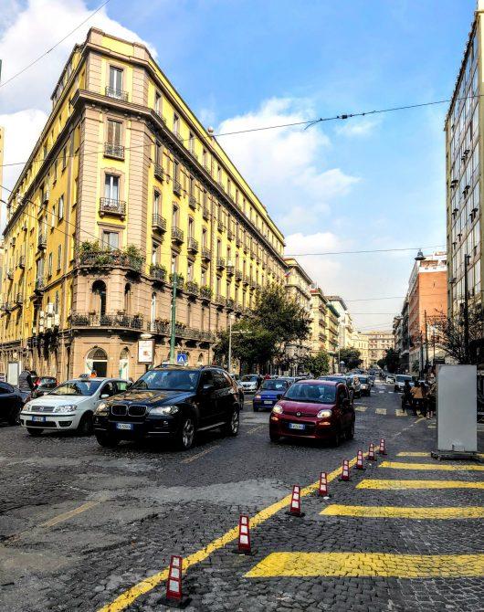 Napoli 8 scaled e1589305630156 - Napoli - un haos irezistibil