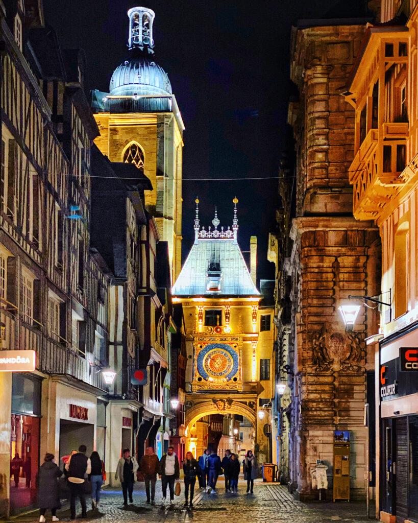 Rouen1 819x1024 - Rouen - bijuteria Normandiei