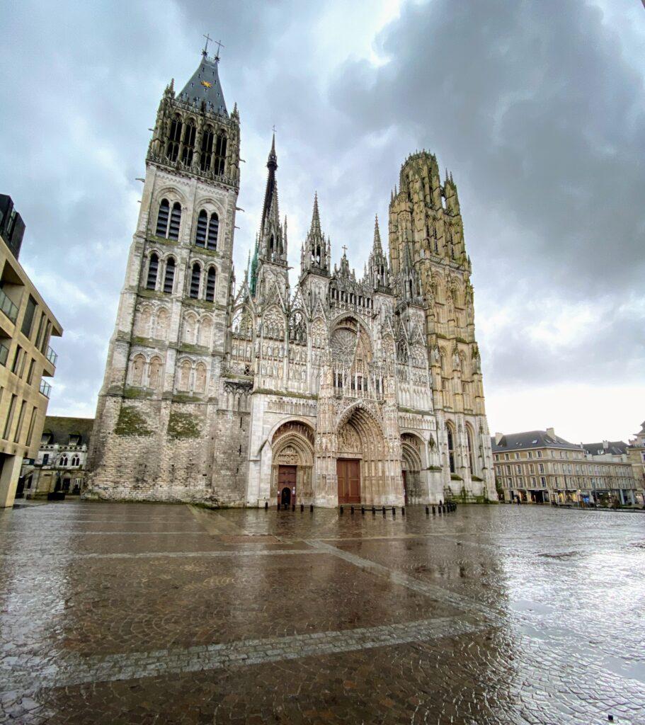 Rouen7 911x1024 - Rouen - bijuteria Normandiei